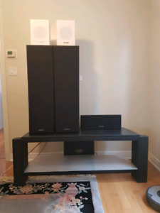 Kenwood 5.1 surround sound speaker system with wall mounts