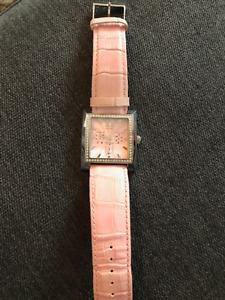 Montre guess avec bracelet en vrai cuir