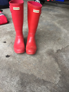 Red Hunter boots Girls size 5, Boys size 4