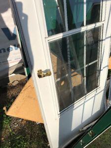 Screen door and metal door