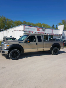 2013 Ford F-250 Superduty XLT 4x4 8ft box