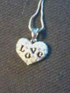 HEART PENDANT AND NECLACE