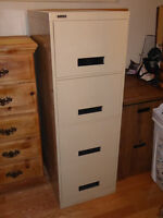 4- DRAWER LEGAL SIZE FILING CABINET