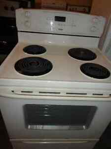 Kenmore Coil Stove in Good Condition