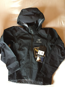 ARCTERYX BETA AR JACKET - MEN'S MEDIUM BLACK