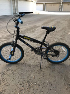 "LIKE NEW!   YOUTH'S 18"" BATMAN BMX BIKE"