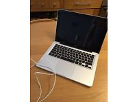 """APPLE MacBook Laptop 13.3"""" Display - 320 GB Hard Drive - NVIDIA Graphics - Priced To Sell Just £220"""