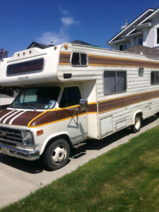 Chevy RV Cutaway Motorhome 1979 (LOW KM/GREAT CONDITION) 4G obo