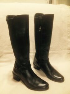 Ladies Bussola  Tall Black Leather Winter Boots 9M