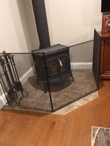 Wood stove / fireplace  barier protection. Kid safety grill