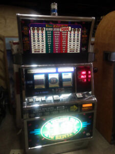 IGT S2000 12 TIMES PAY REAL SLOT MACHINE FULLY WORKING