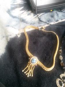 neckleces