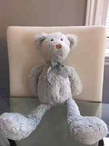 Looking for this blue bear
