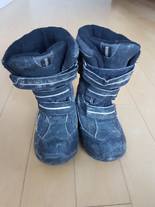 GUC Joe Fresh Winter Boots With Thinsulate Insulation - Size 10T