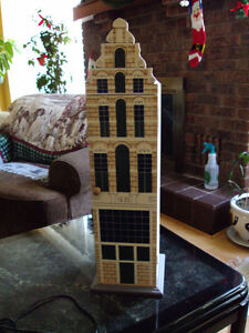 40 CDs Towers (USED but NO Scratch) - Wonderful Decoration !