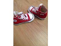 Toddler converse hi-tops size 4