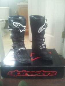 NEW Alpinestars Tech 7 Black Size 9, Dirtbike/MX/ADV/ATV Boots
