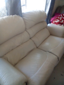 2.5 seater recliner, two 2-seaters