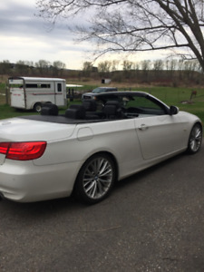 2011 BMW 335i Hardtop Convertible - new winter tires!