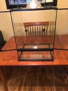 Small/Tall ExoTerra tank with extras