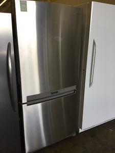 "Beautiful Samsung Stainless Steel 32"" Fridge and Bottom Freezer"