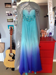 PROM DRESS FOR SALE! *ONLY WORN ONCE*