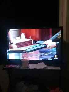 "LG 47"" IN GOOD CONDITION MOVING NEED IT GONE $300 OBO"
