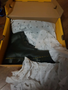 doc martens new in box size 12 industrial bear