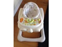 Graco benny and bell baby walker