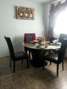 Welcoming All Female Family HomeStay Furnished MainFlr Bedrooms