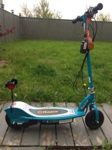 Electric Razor Scooter E200 for sale
