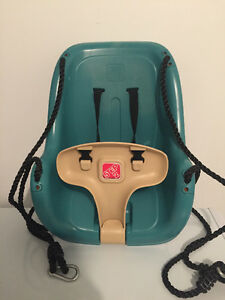 Step2 infant to toddler outdoor swing/balancoire