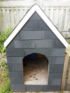 Dog house - great condition