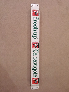 7up antique push bar great condition