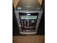 Sanyo Hi-Fi - CD/Tape/Radio - Good Condition With Speakers
