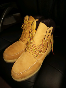 Timberlands for sale (Male size 11)