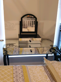 Dressing table / console table £100 to £80