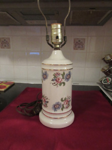 Very pretty Porcelain Table Lamp with florals and gold trim