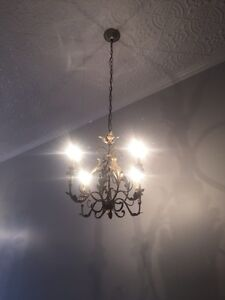 Elegant four-light Chandelier  Peterborough Peterborough Area image 2
