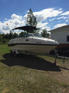 2006 Chaparral Boat for sale