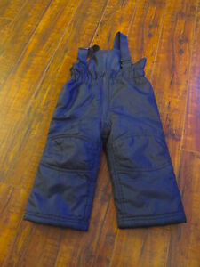 Old Navy 18 month Snow Pants $4 Navy in color
