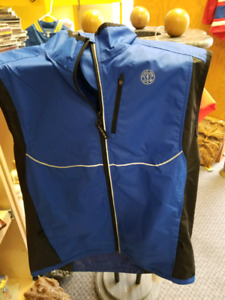 Gold Gym Vest old stock Size Small 100% polyster