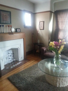 Temporary 2 bedroom house for rent Dec- 28th Feb 2019