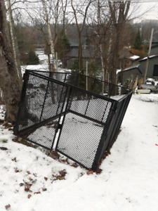 Full size truck cage