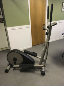Exerciseur pulse monitor EE220 deluxe magnetic elliptical
