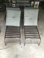 Lawn chairs patio set great condition!