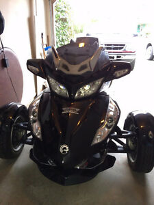 Summer fun!!! 2011 Can Am Spyder