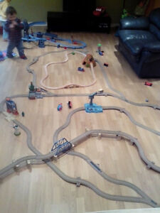 Thomas le train piste et locomotive
