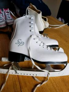 Deux paires de patin