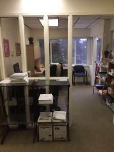 Bright corner office with free parking North Shore Greater Vancouver Area image 4